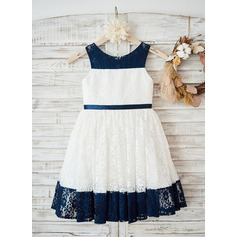 A-Line/Princess Knee-length Flower Girl Dress - Lace Sleeveless Scoop Neck (010131730)