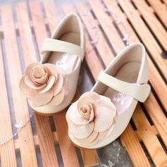 Flicka Stängt Toe Microfiber läder platt Heel Platta Skor / Fritidsskor Flower Girl Shoes med Kardborre Blomma