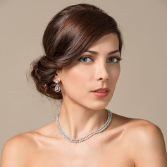 Luxurious Zircon/Platinum Plated Ladies' Jewelry Sets