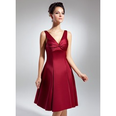 Empire V-neck Knee-Length Satin Homecoming Dress With Ruffle Bow(s)