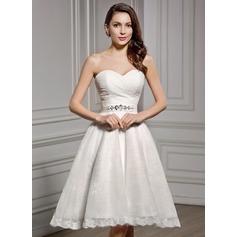 A-Linie/Princess-Linie Herzausschnitt Knielang Chiffon Spitze Brautkleid mit Rüschen Perlen verziert Pailletten