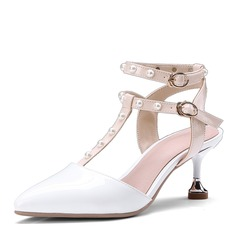 Kvinnor PU Spool Heel Sandaler Pumps Slingbacks med Nita skor