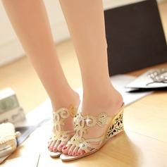 Naisten Keinonahasta Wedge heel Sandaalit jossa Ontto-out kengät
