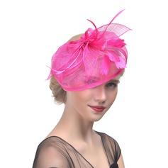 Dames Charme Batiste avec Feather Chapeaux de type fascinator