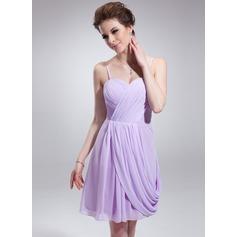 Sheath/Column Sweetheart Knee-Length Chiffon Homecoming Dress With Ruffle