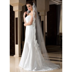 One-tier Chapel Bridal Veils With Lace Applique Edge (006036773)