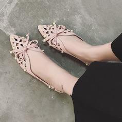 De mujer PU Tacón plano Planos Cerrados con Bowknot Perlas de imitación Agujereado zapatos