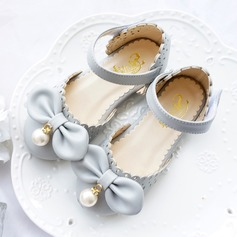 Girl's Leatherette Flat Heel Closed Toe Flats With Bowknot Imitation Pearl Velcro