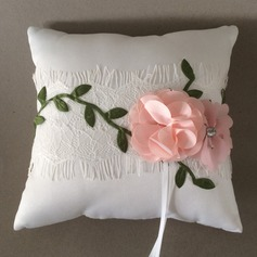 Square Ring Pillow in Polyester/Cotton With Flowers