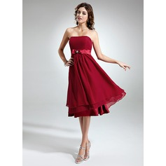 Empire Strapless Knee-Length Chiffon Homecoming Dress With Beading