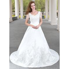 Forme Princesse Col V Traîne mi-longue Satiné Robe de mariée avec Dentelle Emperler