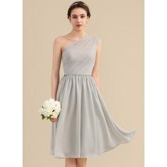 A-Line/Princess One-Shoulder Knee-Length Chiffon Bridesmaid Dress With Beading