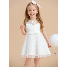 A-Line/Princess Knee-length Flower Girl Dress - Satin/Lace Sleeveless Scoop Neck With Beading/Flower(s)/Bow(s)