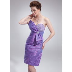 Sheath/Column Sweetheart Knee-Length Taffeta Cocktail Dress With Ruffle Beading Bow(s)