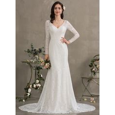 Trumpet/Mermaid V-neck Court Train Lace Wedding Dress (002186368)