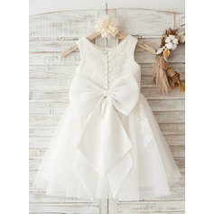 Ivory Lace Tulle Wedding Flower Girl Knee-length Dress with Big Bow