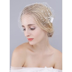 One-tier Blusher Veils With Faux Pearl (006104365)
