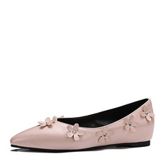 Women's Leatherette Flat Heel Flats Closed Toe With Flower shoes