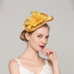 Dames Wijnoogst Feather/Netto garen met Feather Fascinators/Kentucky Derby Hats/Theepartij hoeden