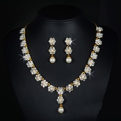 Beautiful Alloy Rhinestones With Imitation Pearl Rhinestone Ladies' Jewelry Sets