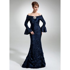 Trumpet/Mermaid Off-the-Shoulder Floor-Length Taffeta Prom Dress With Ruffle Crystal Brooch (018112853)