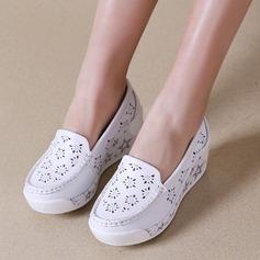 Vrouwen Echt leer Wedge Heel Closed Toe Wedges met Hol-out schoenen