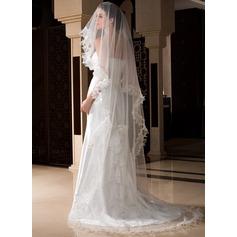 Uma camada Catedral véus de noivas com Borda recortada