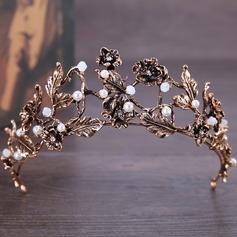 Vackra Och Legering Tiaror med Venetianska Pärla