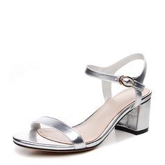 Kvinnor Äkta läder Tjockt Häl Sandaler Beach Wedding Shoes med Spänne