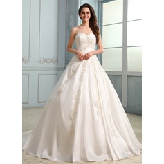 Ball-Gown Sweetheart Chapel Train Taffeta Wedding Dress With Ruffle Beading Appliques Lace (002030757)