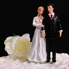"Figurine ""Walking Together in The Winter"" Resin Wedding Cake Topper"