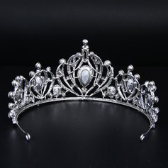 Ladies Beautiful Alloy Tiaras With Rhinestone (Sold in single piece)
