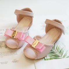 Mädchens Peep Toe Leder Flache Ferse Flache Schuhe Blumenmädchen Schuhe mit Bowknot Klettverschluss