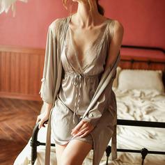полиэстер Классический Свадебная/женственный пижама/Нижнее и ночное белье Наборы