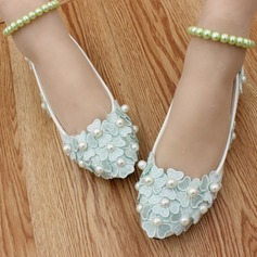 Women's Leatherette Flat Heel Closed Toe With Imitation Pearl Applique