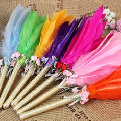 Beautiful Feather Pen Set