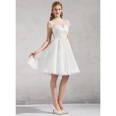 A-Linie/Princess-Linie High Neck Knielang Organza Brautkleid mit Lace Applikationen Spitze