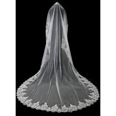 Een-rij Lace Stoffen Rand Kathedraal Bruids Sluiers met Kant