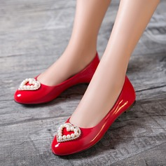 Women's Leatherette Flat Heel Flats Closed Toe With Imitation Pearl shoes