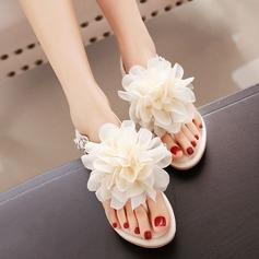 Kvinner Lær Flat Hæl Sandaler Beach Wedding Shoes med Blomst