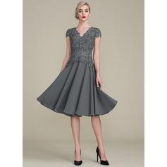 A-Line/Princess V-neck Knee-Length Cocktail Dress With Beading (016121913)