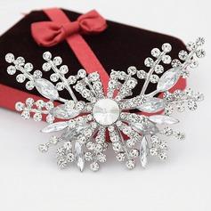 Flores románticas Aleación/Diamantes de imitación con Rhinestone Señoras' Broche