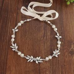 Simple Aleación Diademas con Perla Veneciano (Se venden en una sola pieza)