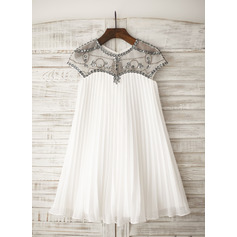 A-Line/Princess Knee-length Flower Girl Dress - Chiffon Short Sleeves Scoop Neck With Rhinestone (010105751)