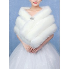 Faux Fur Wedding Shawl (013096700)