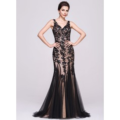 Trumpet/Mermaid V-neck Sweep Train Tulle Evening Dress With Appliques Lace