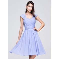 A-Line/Princess Sweetheart Knee-Length Chiffon Homecoming Dress With Ruffle Bow(s) (022014004)