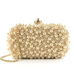 Elegant Pearl Clutches (012216000)