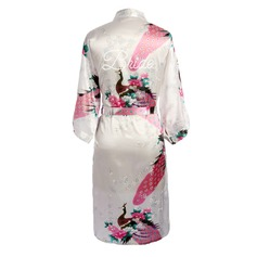 Individualisiert Braut Brautjungfern charmeuse mit Wadenlang Personalisierte Roben Kimono-Roben
