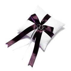 Ring Pillow With Double Ribbons